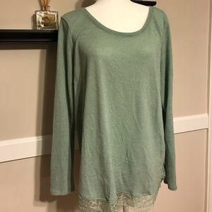 Green shimmer tunic with lace trim and bow detail